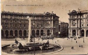 Piazza Esedra proggettata e completata da Gaetano Koch*